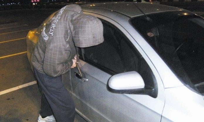 גנב רכב. צילום אילוסטרציה. ארכיון נתניה און ליין