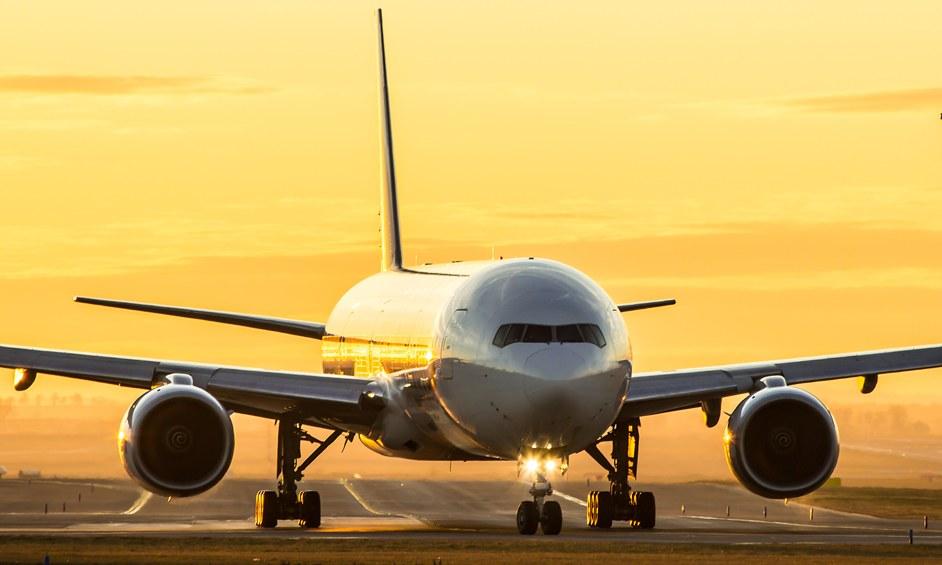 מעלים הילוך במאבק נגד שדה תעופה