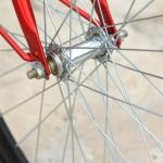 לאסור רכיבה באופניים חשמליים ללא רישיון