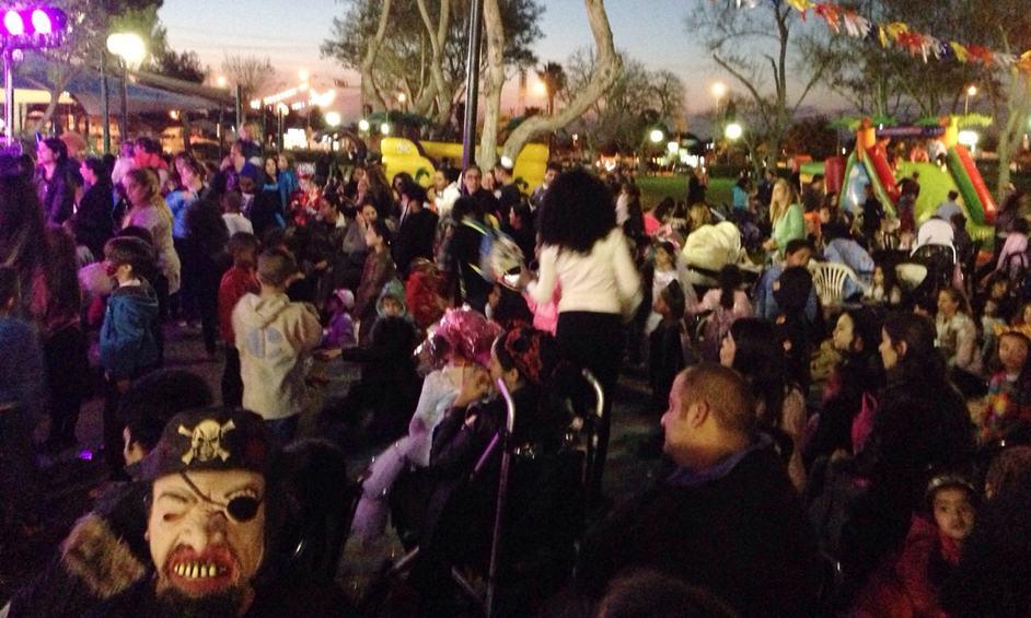 אלפים בחגיגות פורים במרכז קהילתי מזרח נתניה