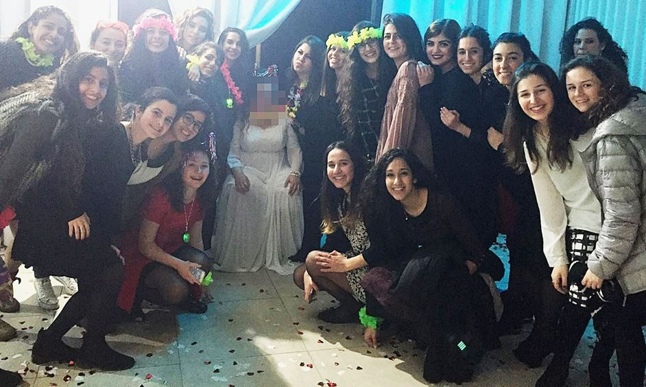 נתניה: חתונה מהסרטים בזכות המתנדבות והמתנדבים