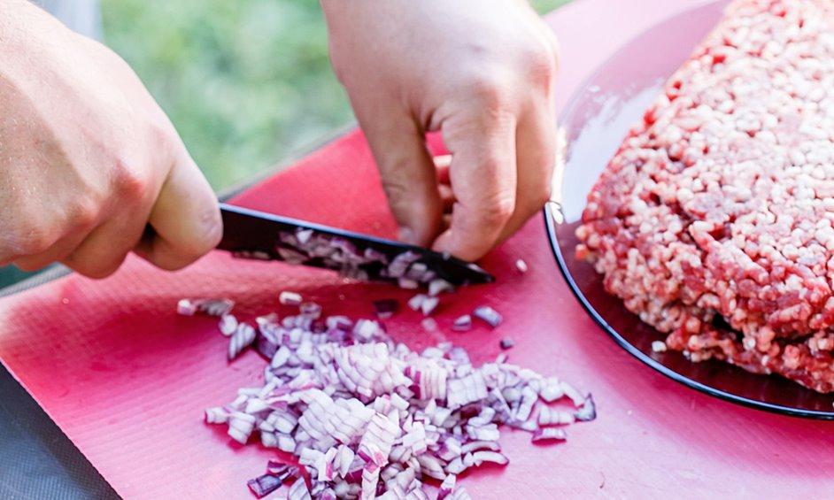 אגרול מצה במילוי בשר טחון וצנוברים