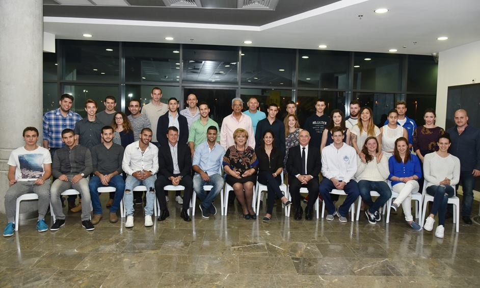 נתניה: מלגות חולקו לספורטאי העיר המצטיינים