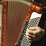 נתניה: שרים ומשמרים בחצר מוזיאון בית הבאר