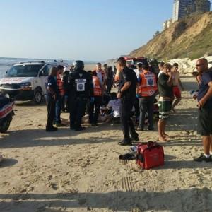 כוחות הצלה רבים בחוף סירונית. צילום איציק בן שושן