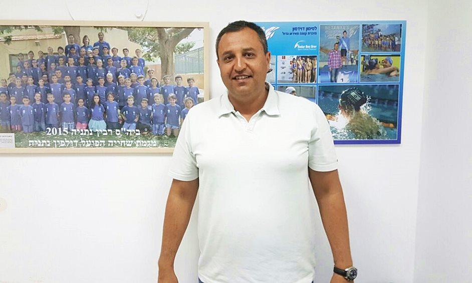 """סימון דוידסון נבחר ליו""""ר איגוד השחיה הישראלי"""