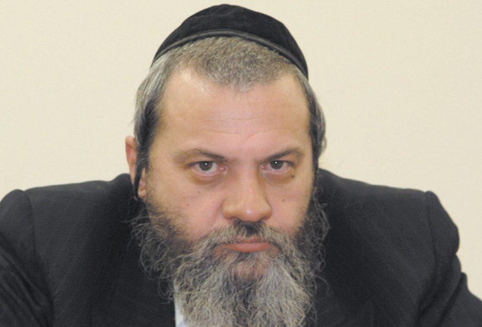 חודשה הרחקתו של הרב שמעון שר ממשרדי העירייה