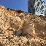 נתניה: המצוק החופי בסכנת התמוטטות