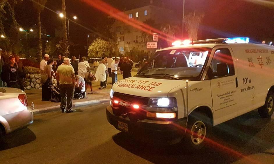 שני תינוקות נפצעו מפגיעת רכב