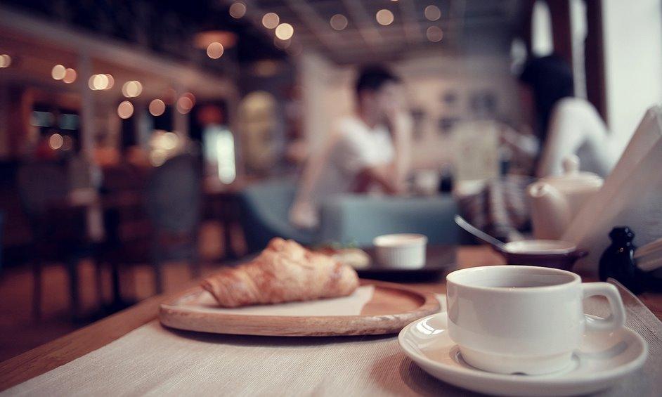 מסעדנים: עיריית נתניה מעכבת אישורים עבור סגירת חורף ופוגעת בפרנסה