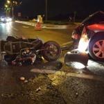 רוכבת קטנוע נפצעה קשה מפגיעת רכב
