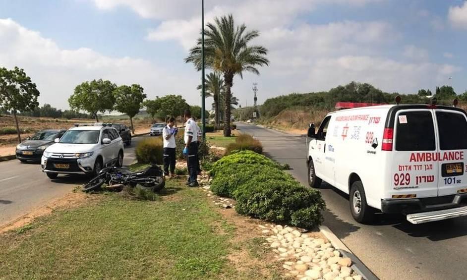רוכב אופנוע נפצע קשה בתאונה באבן יהודה