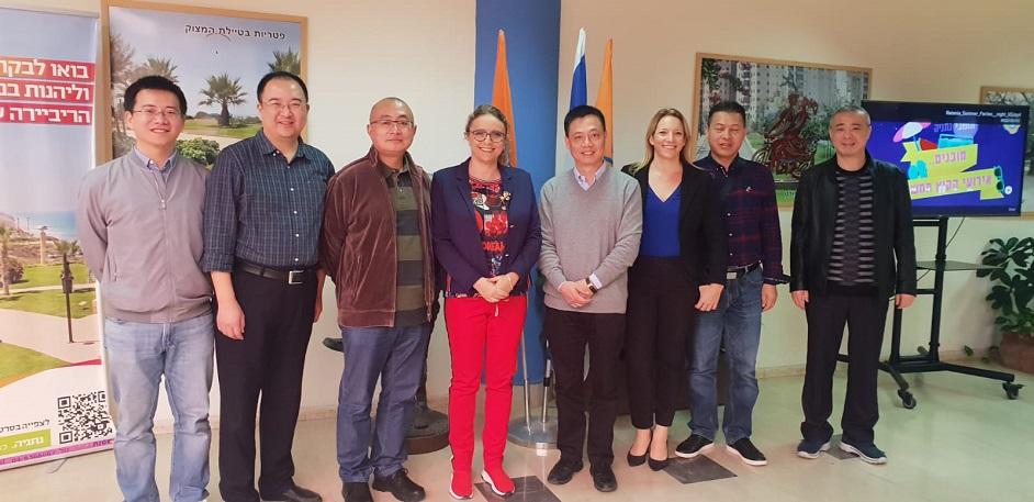 עשרות משלחות מסין בביקור לימודי בעיר