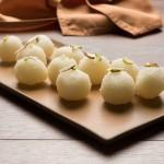 ראסגולה – כדורי גבינה במי ורדים (המטבח ההודי)