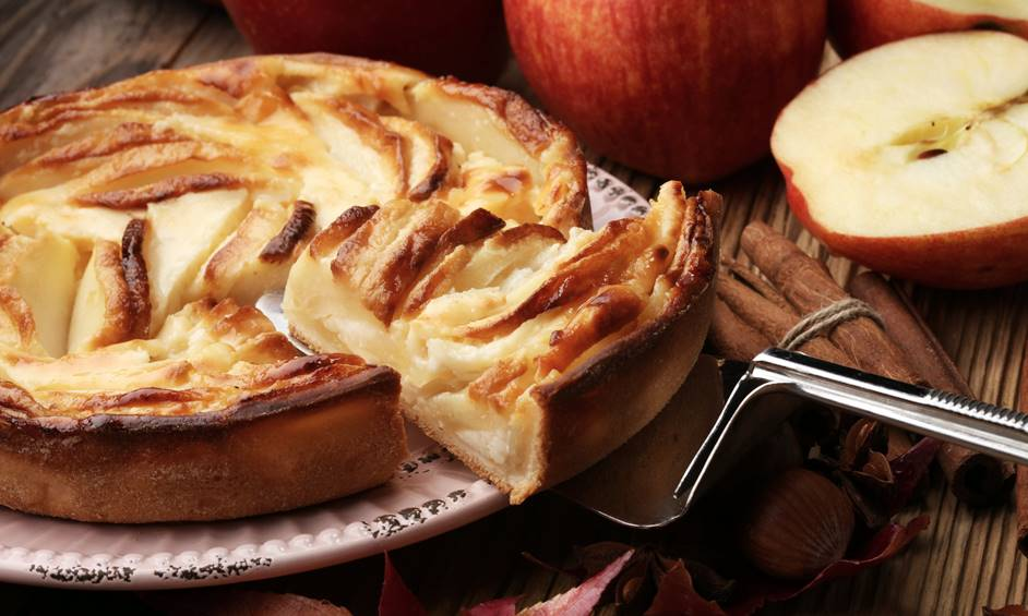 """עוגת טארט תפוחים – פינוק אמיתי לסופ""""ש"""