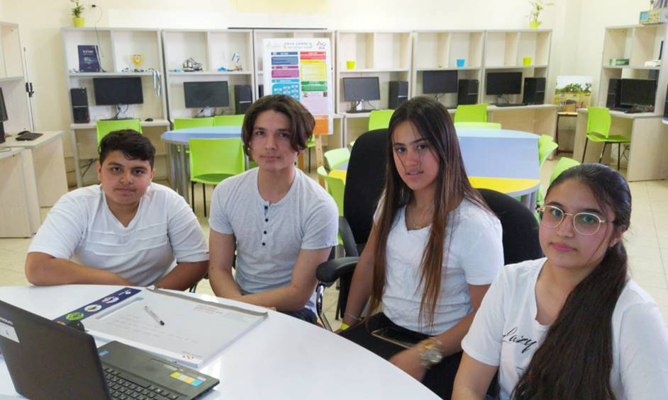 ברוח הקורונה: תלמידי ריגלר פיתחו סביבת עבודה ללמידה מרחוק