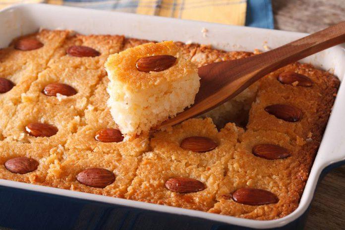 עוגת בסבוסה - עוגת סולת בשתי וריאציות: חלבית ופרווה - נתניה מבשלת