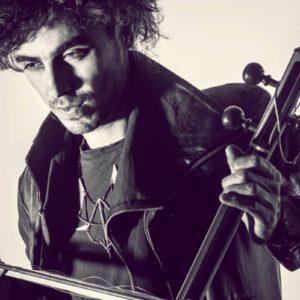 מארק אליהו, נגן קומנג'ה בינלאומי, יופיע יחד עם תזמורת נתניה הקאמרית במסגרת פסטיבל צלילי מדבר אונליין