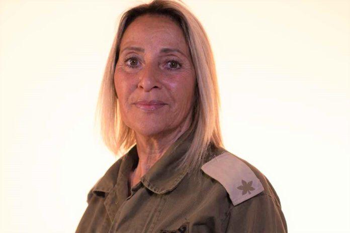 הלן הוריץ היא רב סרן במיל' תושבת רמת פולג בנתניה - - רמת פולג, נתניה. מצטיינת הרמטכ