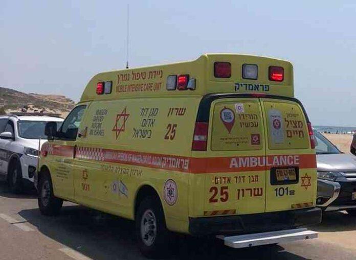 בן 48 טבע למוות בחוף פולג בנתניה. ניסיונות ההחייאה של צוותי מד